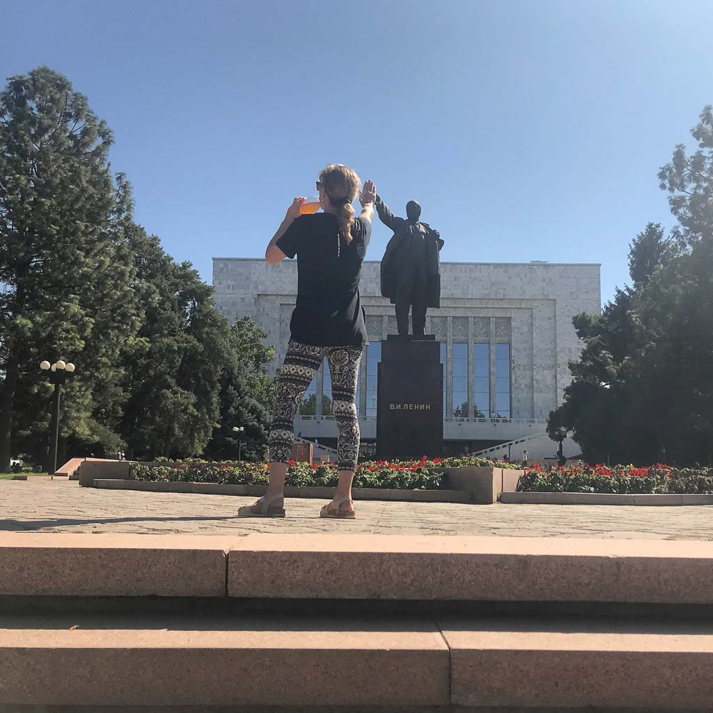 Bishkek, Lenin Statue, Kyrgyzstan, lenin high five, lenin high 5