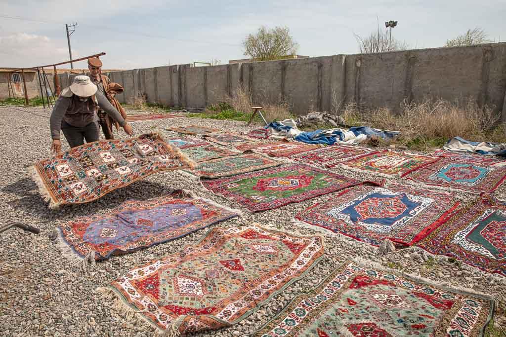 Carpets, Persian Rugs, Mashhad, Iran, Afghanistan Iran border crossing, carpet wash, carpet washer