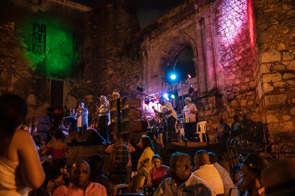 2 days Santo Domingo, Dominican Republic, Caribbean, Santo Domingo, Bonye, Grupo Bonyé, Grupo Bonye, San Francisco Monastery, San Francisco Monastery Santo Domingo