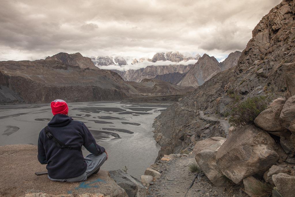 Gilgit Baltistan Travel, Giglit Baltistan travel guide, Gilgit Baltistan, Gilgit-Baltistan, Pakistan, Northern Pakistan, Northern Areas, FANA, Hussaini, Hussiani Bridge, Hussaini suspension bridge, Passu, Passu cones, Gulmit