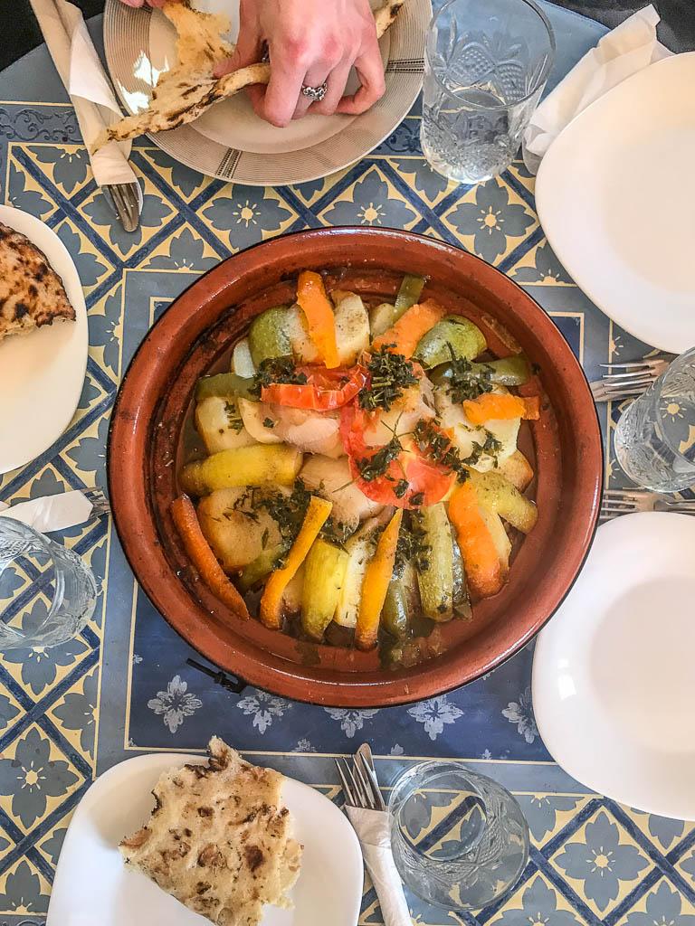 tagine, tajine, Moroccan tagine, Moroccan tajine, Morocco, Merzouga, Sahara, spend the night in the sahara