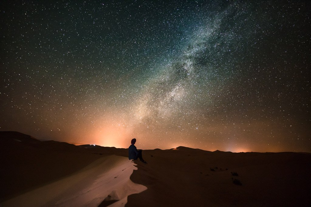 stargazing, stargazing Sahara, spend the night in the Sahara, Sahara desert, Sahara camping, camp Sahara, Sahara camp, desert camp, Morocco camp, camping, milky way, stars, night, Merzouga, Erg Chebbi, Morocco, camp north africa
