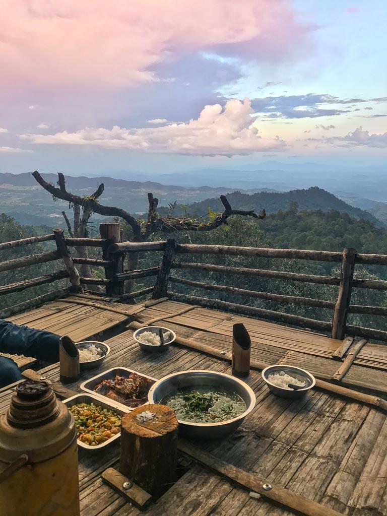 Hsipaw, Hsipaw Trekking, Myanmar Trekking, Myanmar, Shan State, Myanmar Treehouse, Hsipaw Treehouse, Shan, Shan state, Shan food, Shan cuisine, Shan dinner