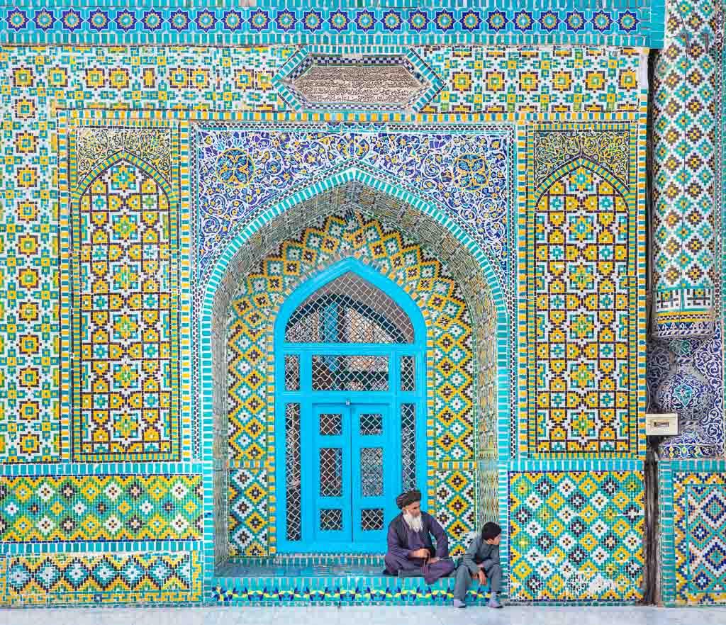 Afghanistan Travel, Afghanistan travel guide, Mazar, Mazar e Sharif, MAzar I Sharif, Blue Mosque, Blue Mosque Mazar e Sharif, Blue Mosque Afghanistan, Shrine of Hazrat Ali
