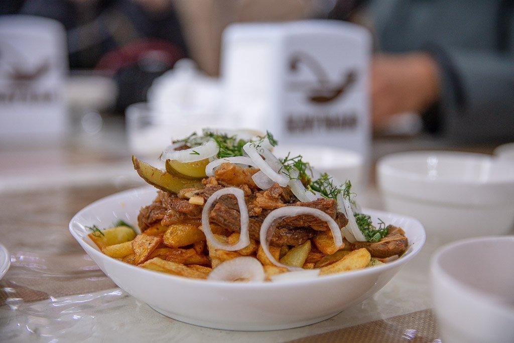Azu, Tatar food, Tatarstan, Tatar Azu, Kyrgyzstan, Karakol, Karakol food, Karakol restaurants