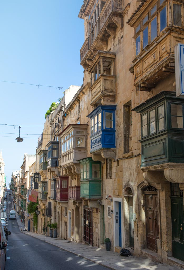 Malta, Malta travel, Malta travel guide, 4 days Malta, Malta itinerary, Europe, Mediterranean, 4 day Malta, 4 day Malta itinerary, Valletta, Valletta architecture, Valletta apartments