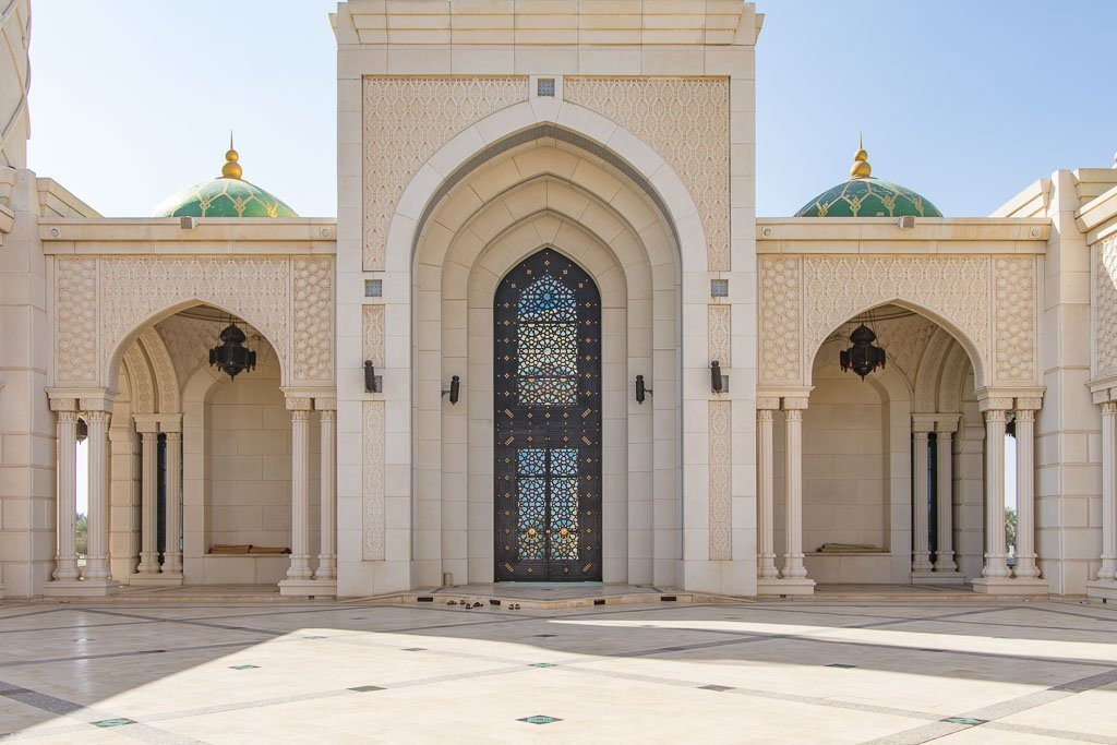 Zulfa, Zulfa Mosque, Zulfa Mosque Seeb, Zulfa Mosque Seeb Oman, Zulfa Seeb, Zulfa Seeb Oman, Zulfa Oman, green mosque Oman, One week in Oman, 7 days Oman, Oman Road trip, Oman roadtrip, Seeb, Seeb Oman, Seeb mosque