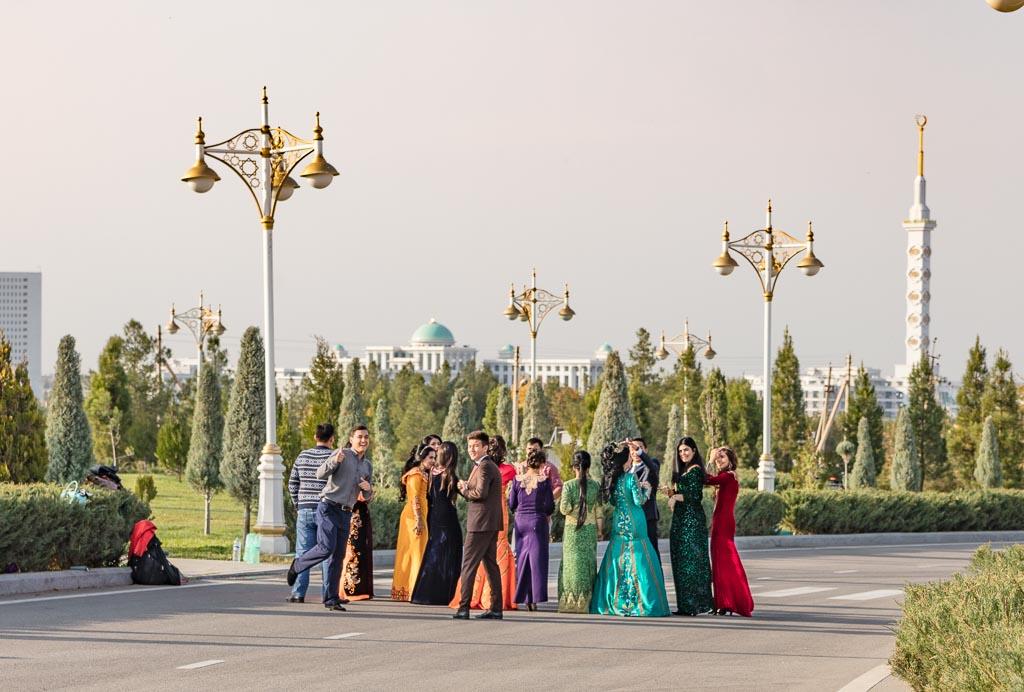 Turkmenistan photos, Turkmenistan, Ashgabat, Arch of Neutrality, Monument of Neutrality, wedding part Arch of Neutrality, wedding Turkmen, wedding Turkmenistan