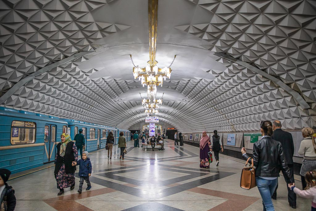 Beruniy, Beruniy Station, Tashkent Metro, Tashkent, Uzbekistan, Ozbekiston, Central, Asia, metro, subway, Uzbekistan metro, Uzbekistan metro, chandelier