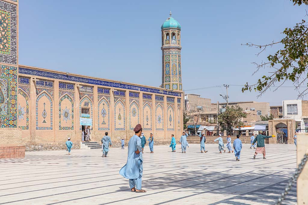 Masjidi Jami, Great Mosque of Herat,Friday Mosque, Friday Mosque Herat, Afghanistan, Afghanistan travel, Afghanistan travel guide, Herat, Herat madrasa, boys madrasa