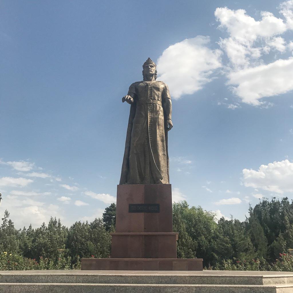 Statue Ismoil Somoni, Somoni, Somoni Statue, Somoni Statue Panjakent, Panjakent, Penjikent, Tajikistan, Central Asia, Sughd, Sogdiana, Sogdia