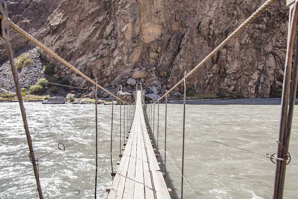 Jizeu, Jizeu trek, Bartang Highway, Bartang Valley, Jizeu Valley, Tajikistan, Western Pamir, Pamir, Pamirs, Tajikistan trekking, Central Asia, Bartang, Jizeu bridge