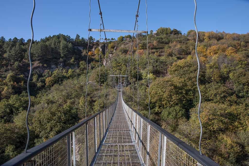 Armenia travel, Armenia travel guide, Armenia, Khndzoresk, Khndzoresk Bridge, Khndzoresk swinging bridge