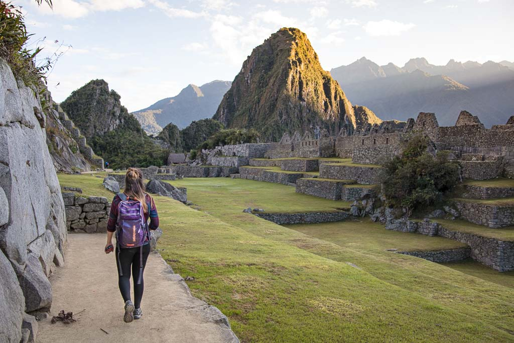 Machu Picchu, Machu Picchu Peru, Machu Picchu Tips, Peru, Sacred Valley, girl machu picchu
