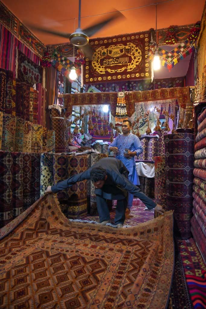 Mazar e Sharif, Mazar e Sharif Bazaar, Balkh, Afghanistan, Carpet Bazaar