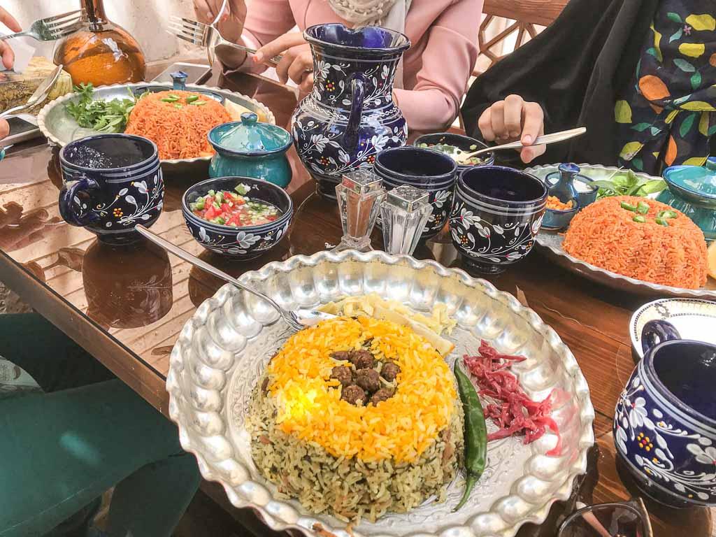 Shiraz food, Shiraz restaurants, Shiraz, Fars, Pars, Iran, Saltanat Banoo, Saltanat Bano, Saltanat Banoo Hostel, Saltanat Banoo Restaurant