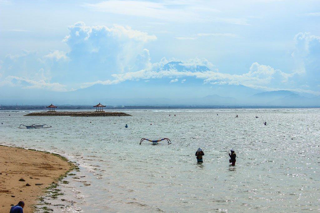 gunung agung, sanur, bali, indoensia, balinese fisherman, sanur fisherman