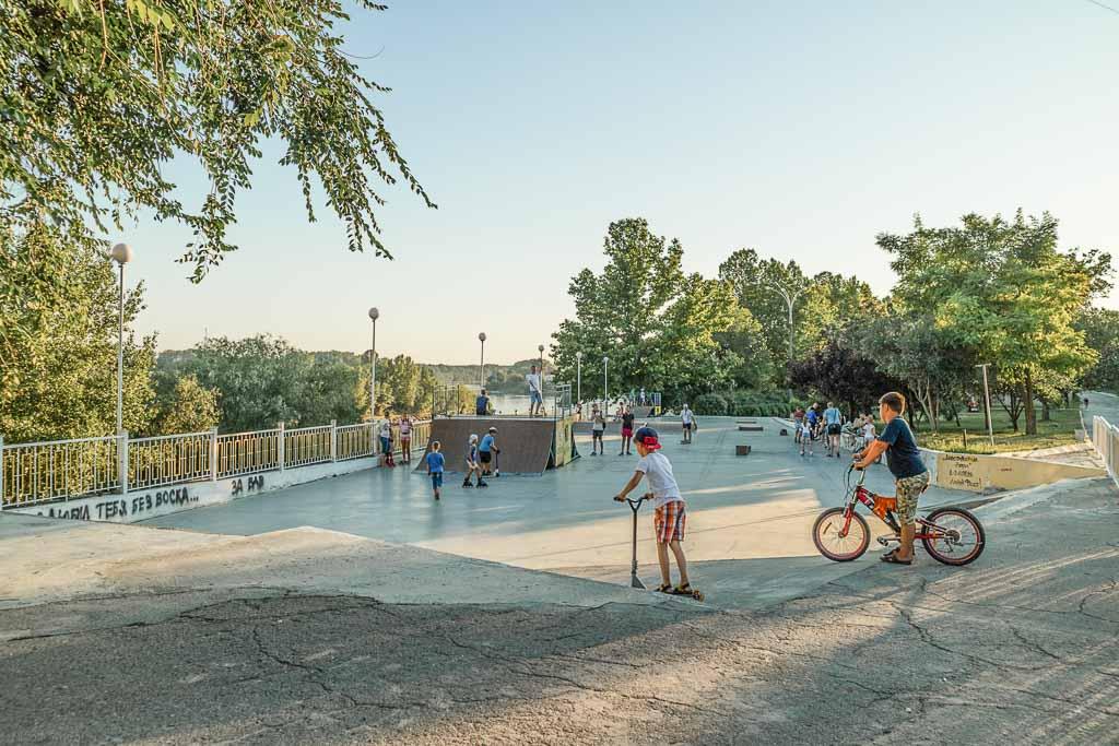 Transnistria Travel, Transnistria Travel Guide, Transnistria, Prisnistrovie, visit Transnistria, Moldova, Europe, skate park, skate park Transnistria, skate park Tiraspol, Tiraspol skate park, Tiraspol