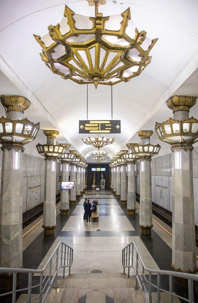 Yunus Rajabiy, Yunus Rajabiy Station, Tashkent Metro, Tashkent, Uzbekistan, Ozbekiston, Central, Asia, metro, subway, Uzbekistan metro, Uzbekistan metro, chandelier