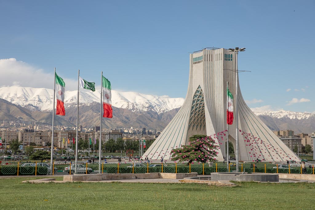 How Much Does It Cost To Backpack In Iran The Adventures Of Nicole