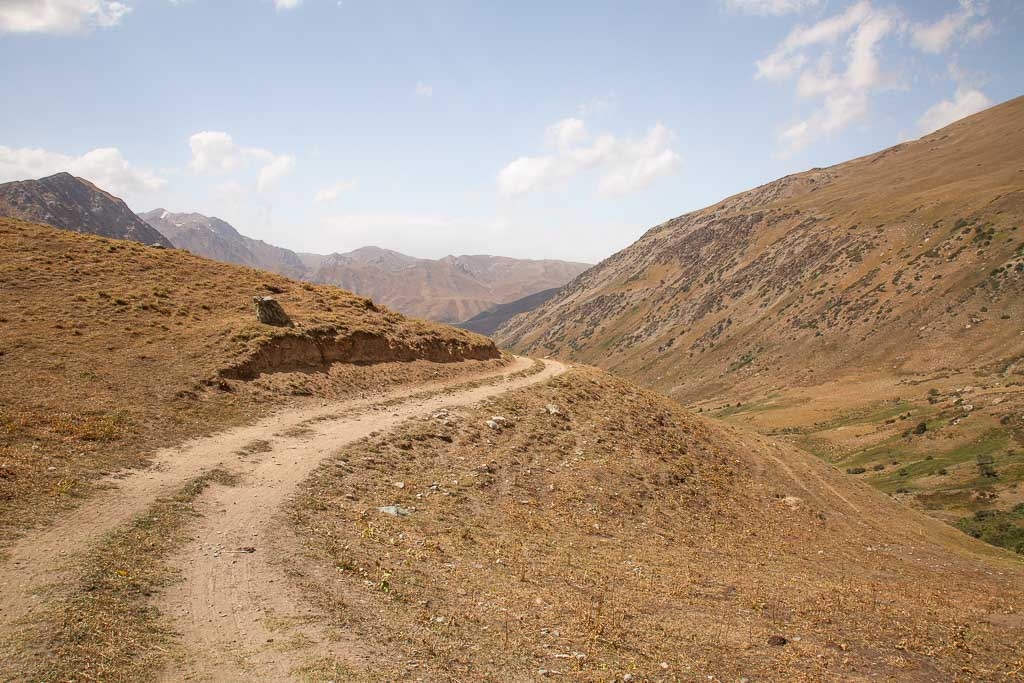 Obikulika River Valley, Rasht Valley, Karotegin, Tajikistan, landmines, landmines Tajikistan, UXO Tajikistan