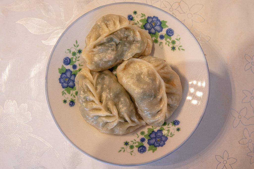 Manti, Mantu, dumplings, Uyghur dumplings, Kyrgyz dumplings, Kyrgyzstan, Karakol, Karakol food, Karakol restaurants
