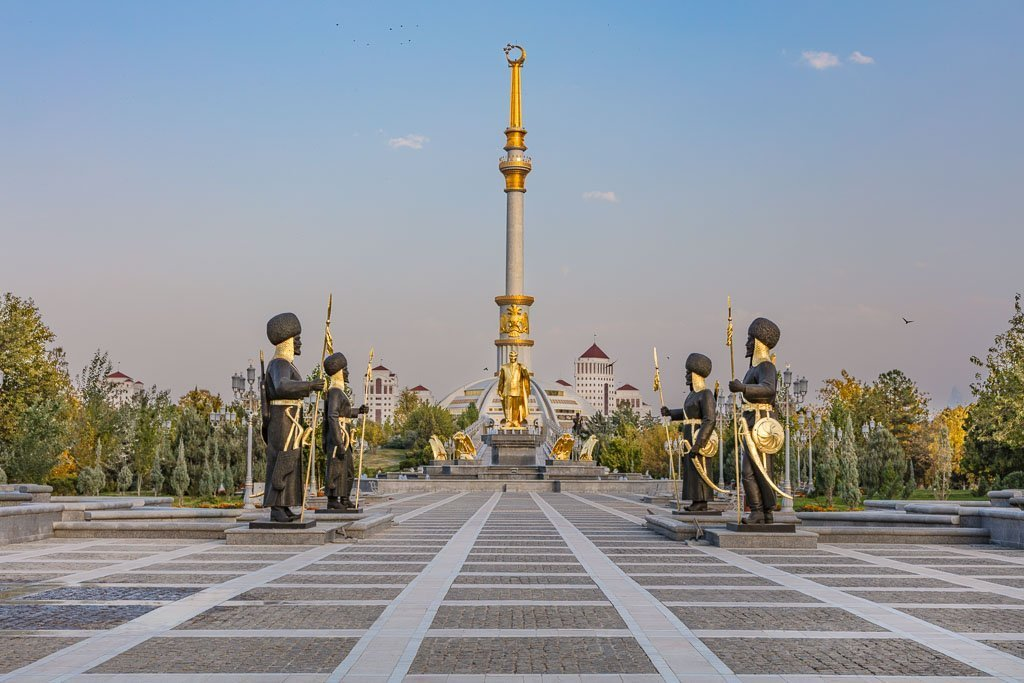 Turkmenistan, Ashgabat, Monument to the Independence of Turkmenistan, Turkmenistan Independence, Independence monument Ashgabat, Independence monument Turkmenistan